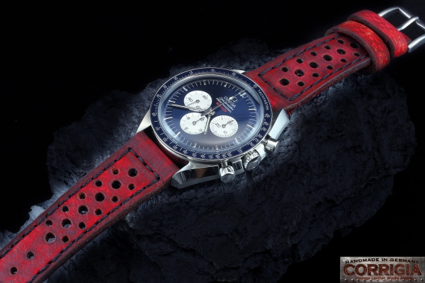 Heritage05 Red Custom Rally Racer Strap 16 Holes RMC 1968
