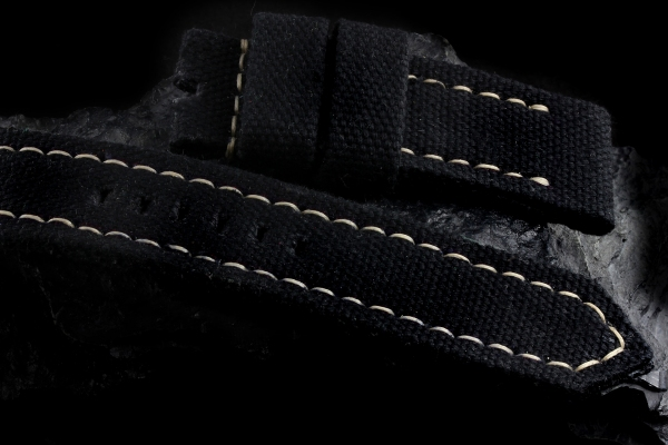 CANVAS 07-BLACK - In stock, ready to ship